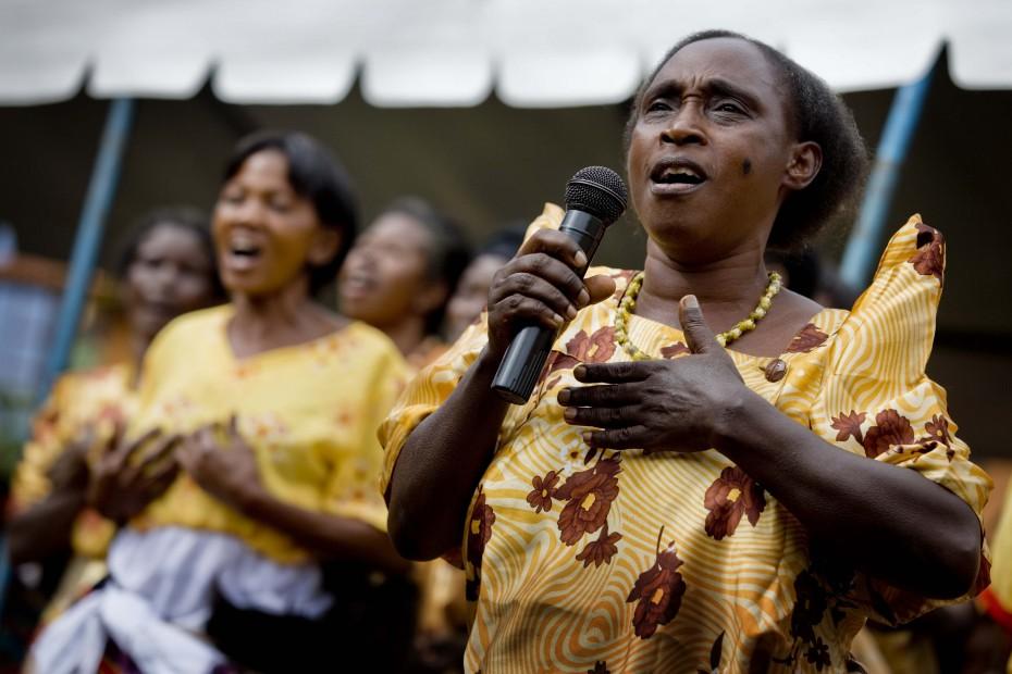 hiv in south africa v uganda essay