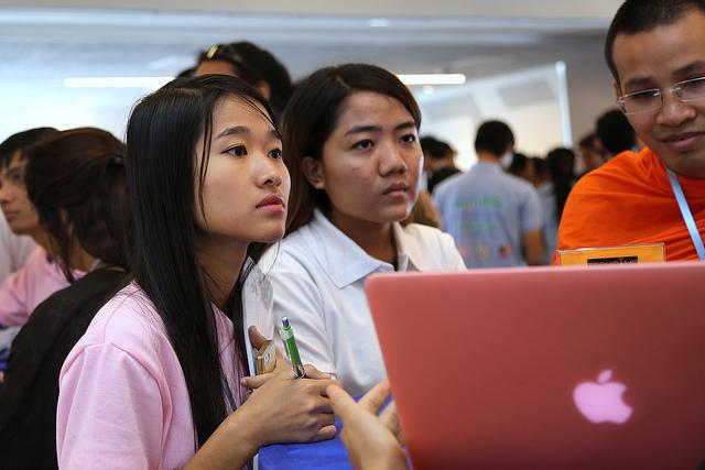 thai girl online