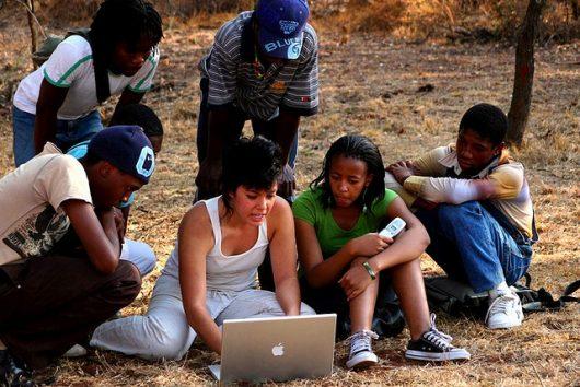 Africa_computer Africa Code Week