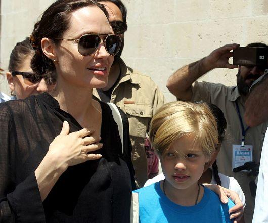 Angelina-Jolie-and-Shiloh-World-Refugee-Day
