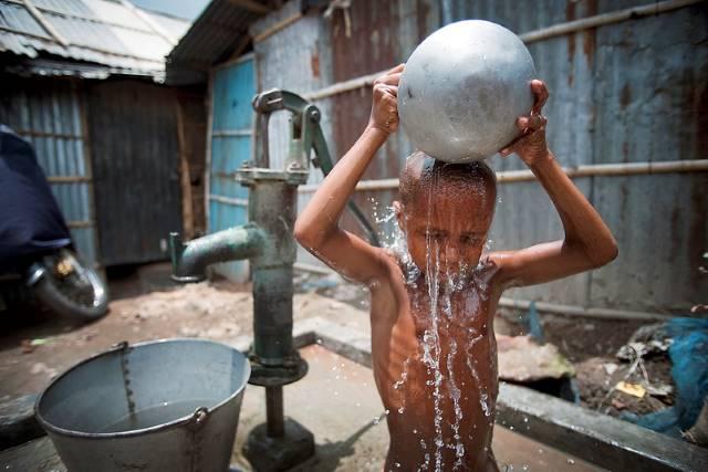 BRAC Brings Water to People