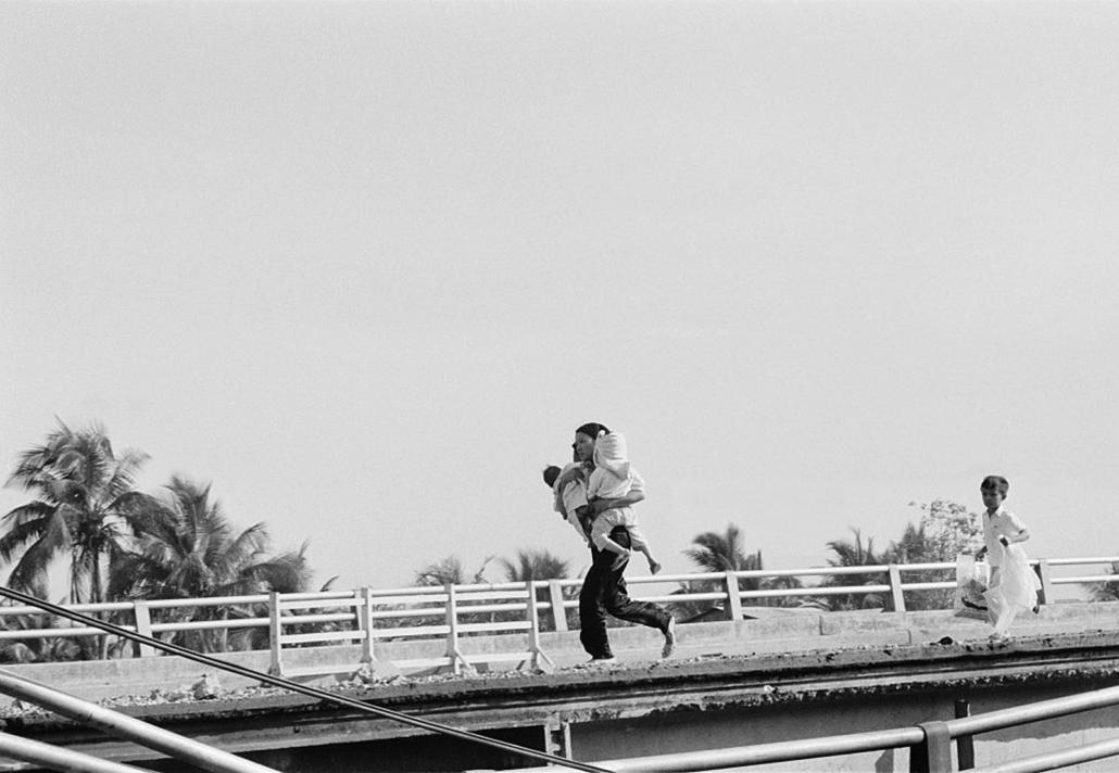 Fleeing El Salvator