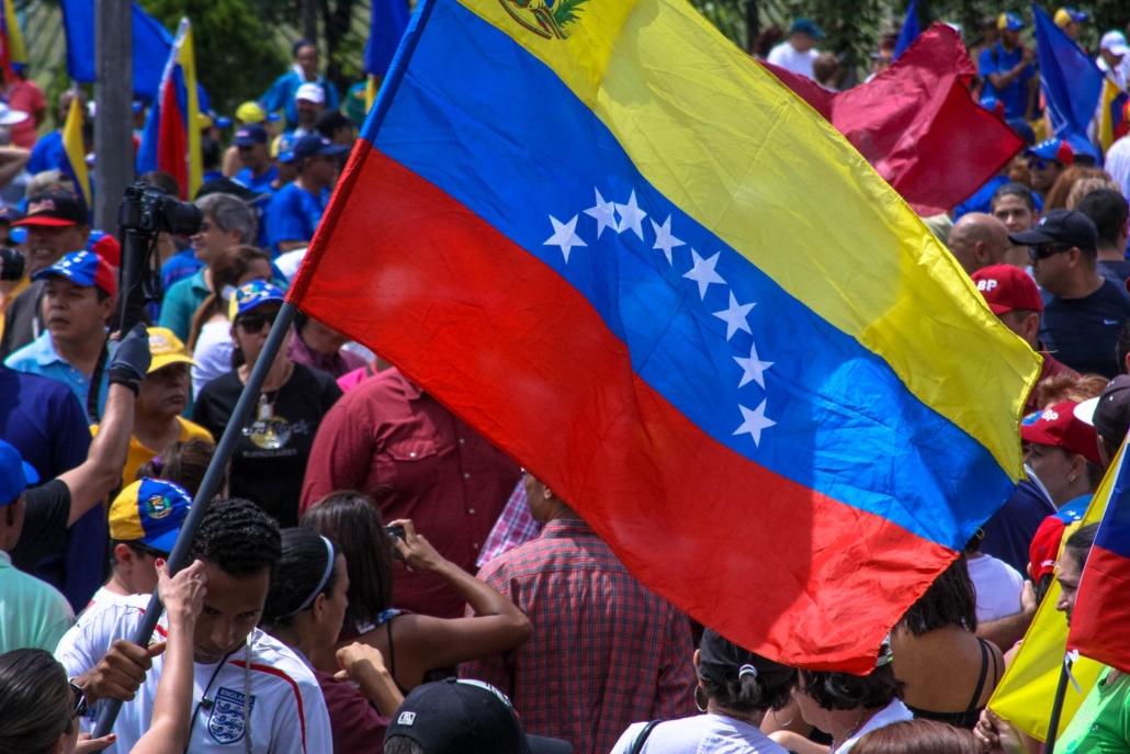 Viral Video Game Employing Venezuelans