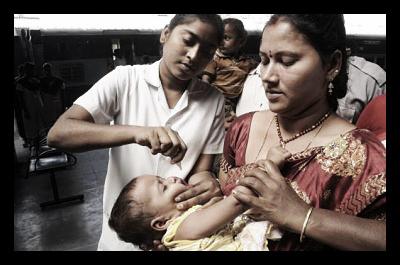 Polio_India_eradicating_health