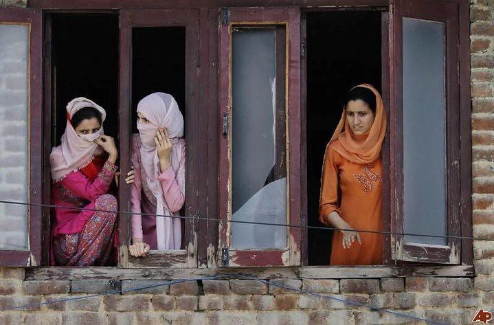 Women's Market in Kashmir