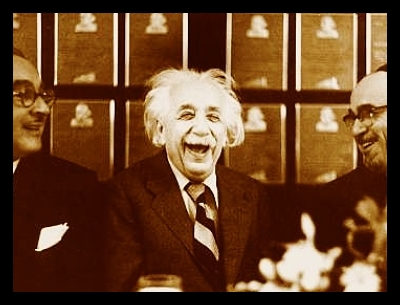 albert_einstein_smiling_laughing_Refugee_conference_theory_of_Relativity_opt