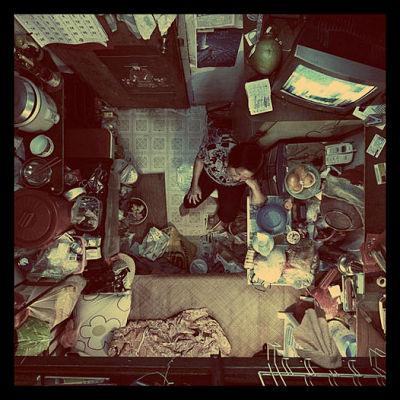 hong_kong_poverty_apartment